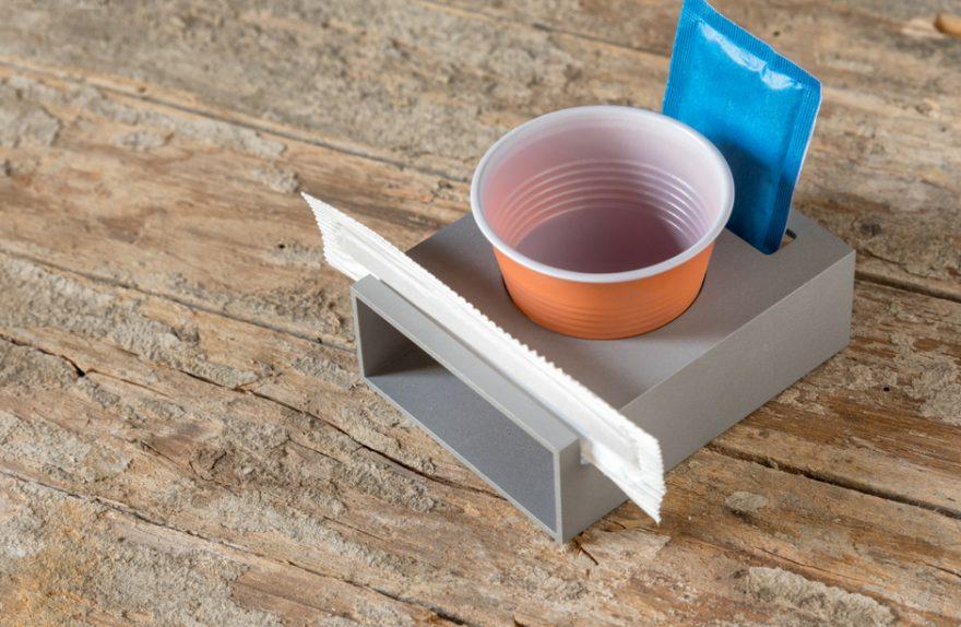 vaso de café de aluminio