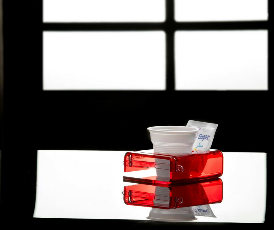 vaso de café roja Plexi