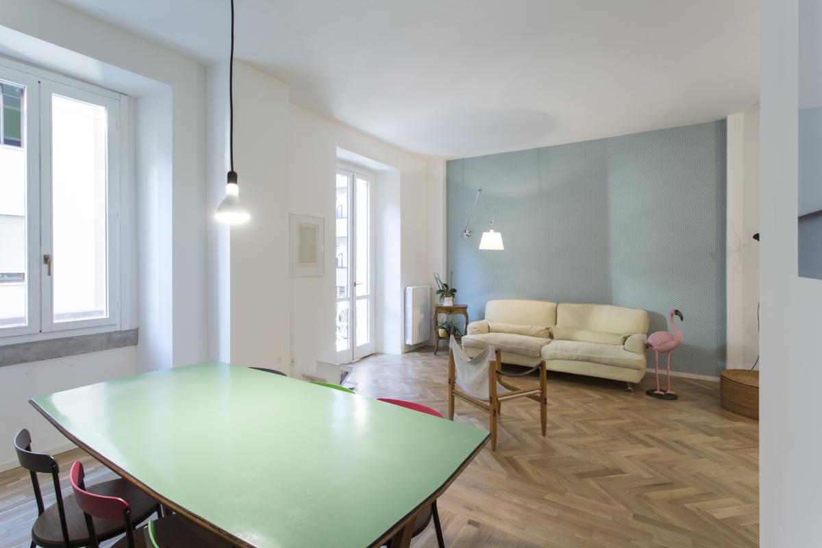 Ristrutturazione di un appartamento caratterizzata da pareti