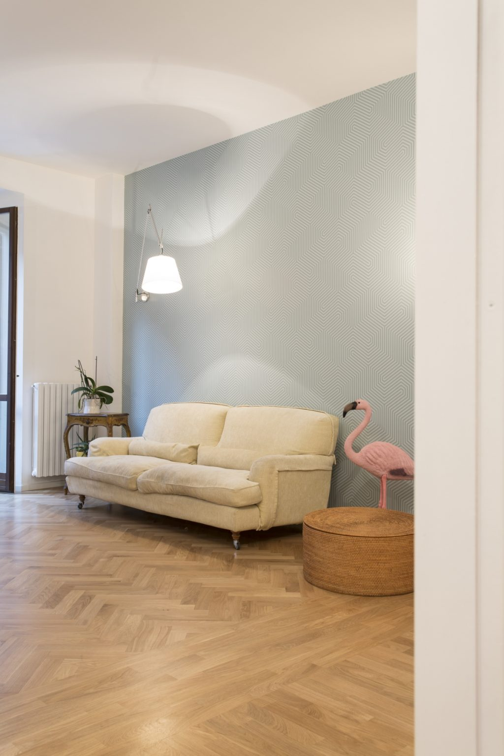 mais ultra studio apartment milano renovation