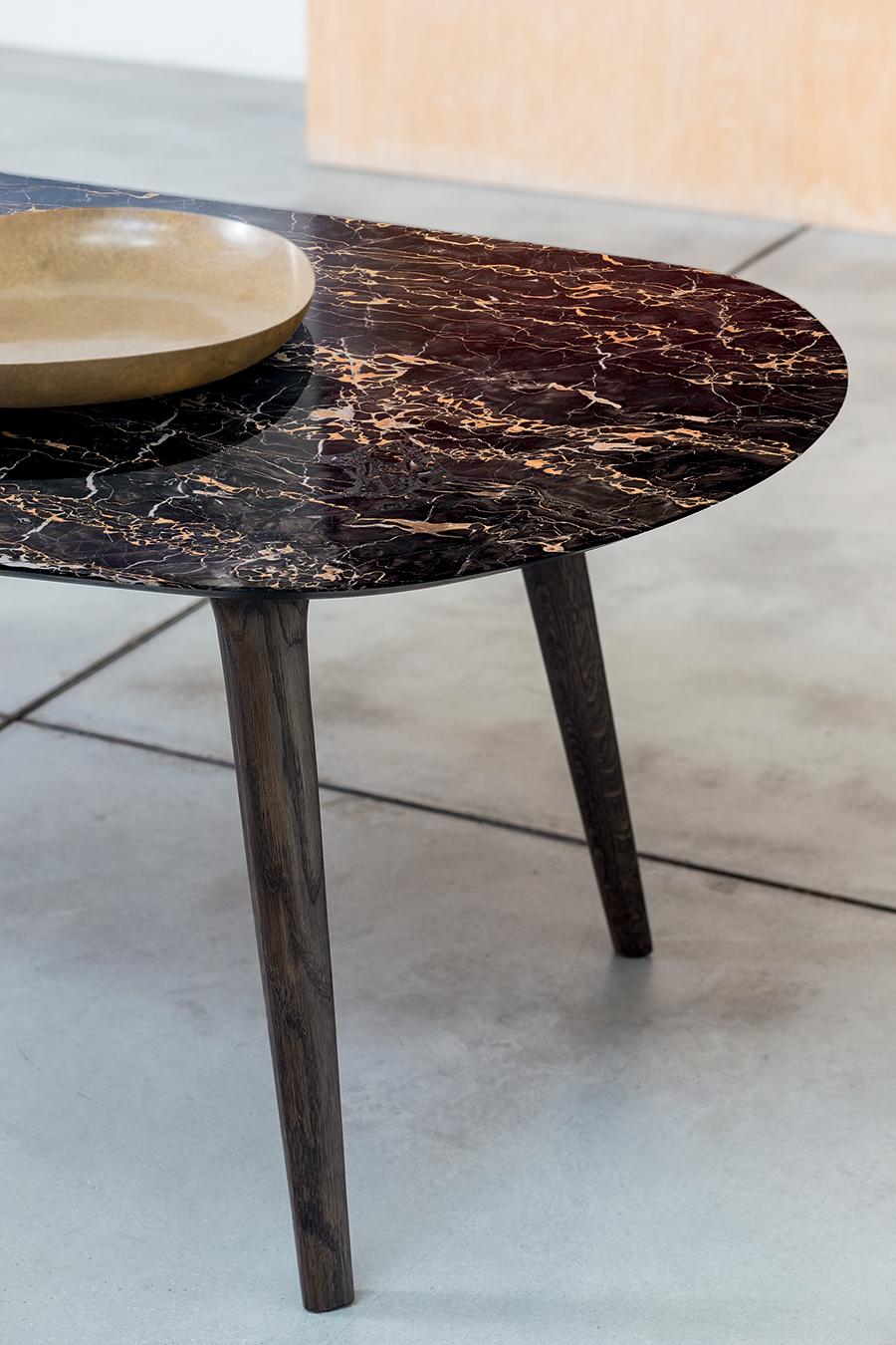 Tampo de mesa Ademar em mármore de Portoro