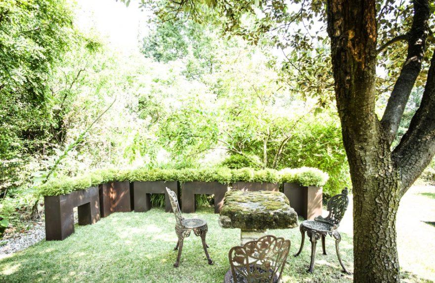 Thebes plantadores El jardín corten