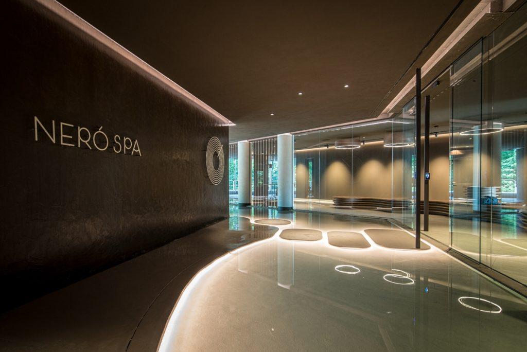 Neró Spa Studio Apostoli, a entrada com a recepção