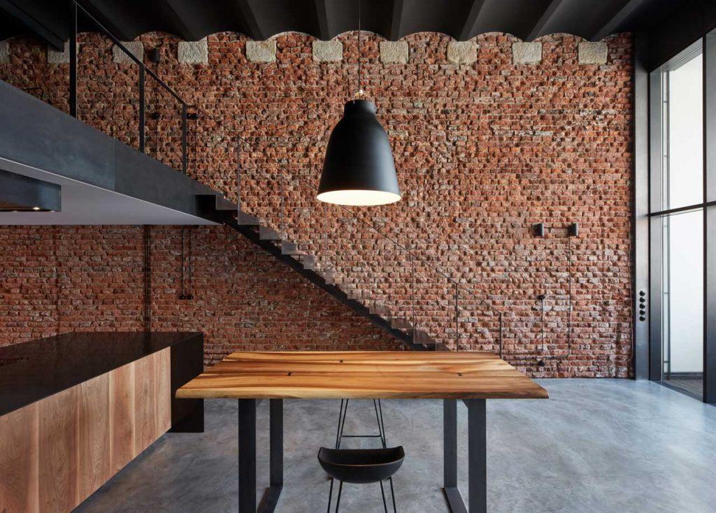 Alte Brauerei, die von CMC Architects in ein Loft im Industriestil umgewandelt wurde