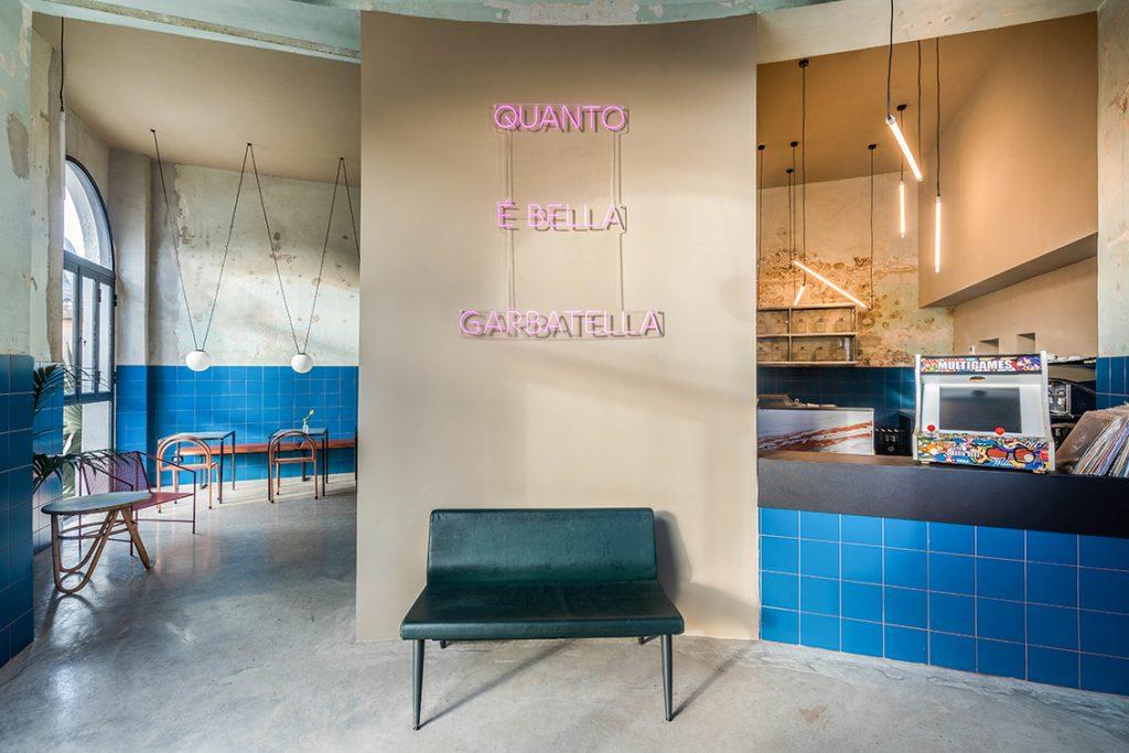 Tre de tutto, historische Nachbarschaftsbäckerei, verwandelt in einen neuen trendigen Ort - STUDIOTAMATTA