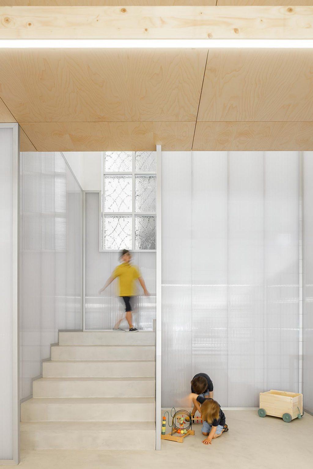 Morinha children's clothing store, Oficina de Arquitectura and Design Stu.dere