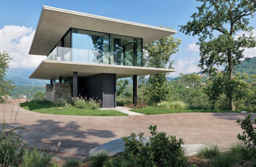 Teca House un conteneur transparent immergé dans la nature Federico Delrosso Architects